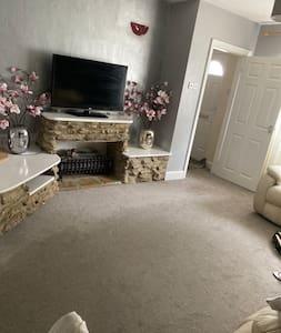 Rooms available in Sandhills/Headington area