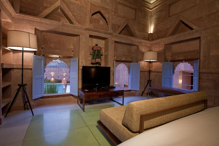 Stepwell Suite in an 18th Century building - Jodhpur - Heritage hotel (India)