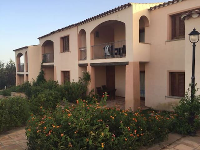 Two-room apartment for 4 persons - Baia Sant'Anna - Budoni
