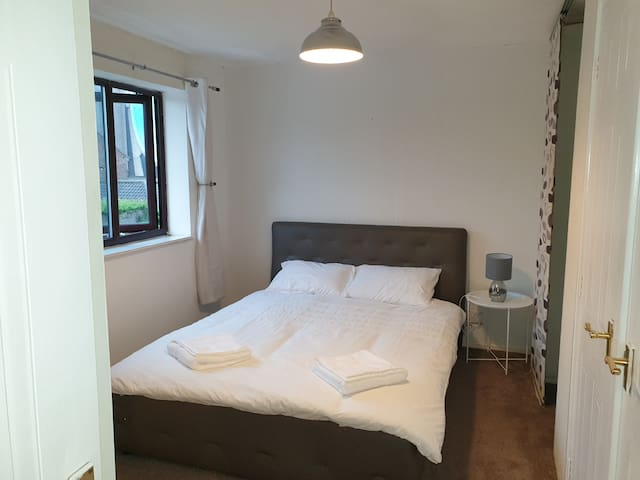 One Choice Stays-Serviced house,NEC,B'ham Airport
