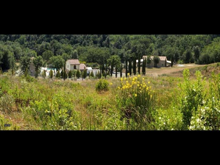 Borgo Il Massera - Appartamento Fico per 6 persone con piscina e barbecue