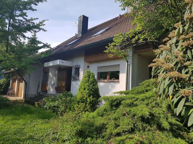 Ferienwohnung am Lindenbaum nahe Europa Park Rust