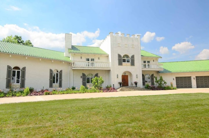 Largest Rental Estate in MD! Private Indoor Pool, Home Theater, & 3 Hot Tubs!