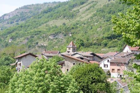 A Choranche, au pied du Vercors - Choranche