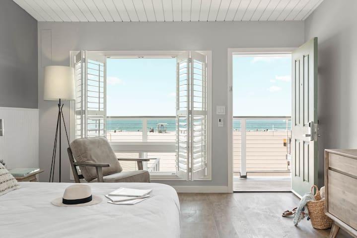 A Beachfront Luxury Escape - Pacific King • #3