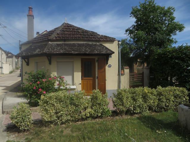 Charmante maison à deux pas de la rivière