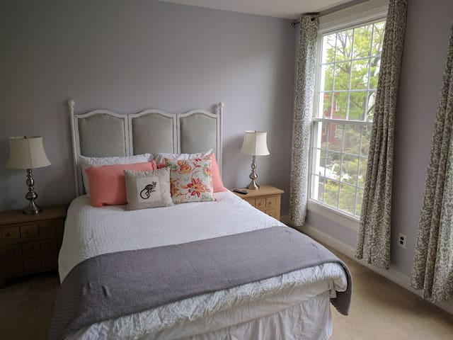 Sunny 2-level 1BR on Capitol Hill - close to Metro - Washington - Wohnung