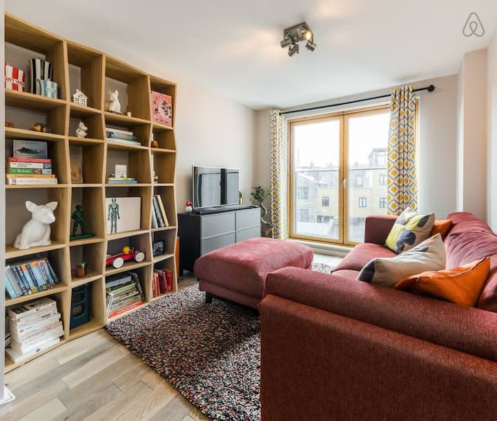 Contemporary & Eclectic 1 bed apartment, Clapham
