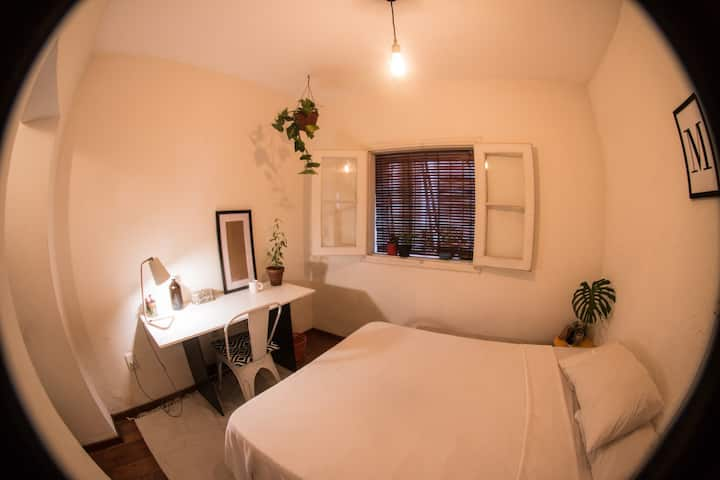 Privet room in duplex apartment - Ciudad Vieja