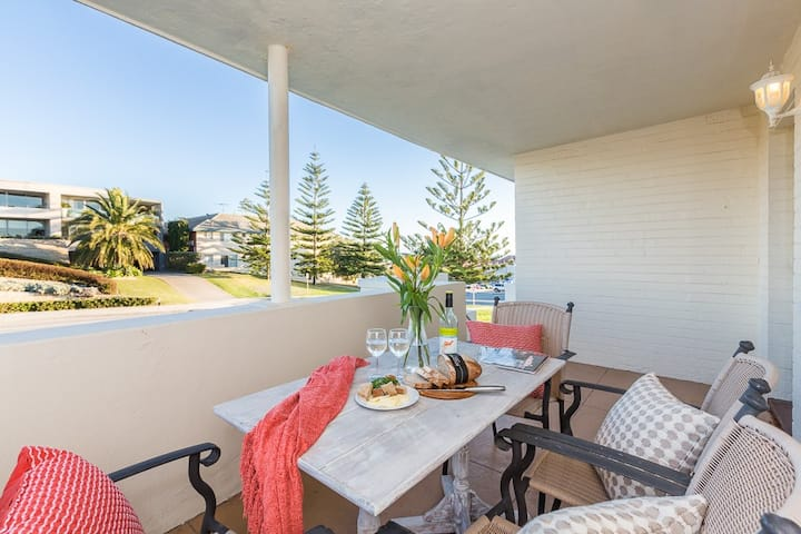 Cottesloe Beach Side Villa