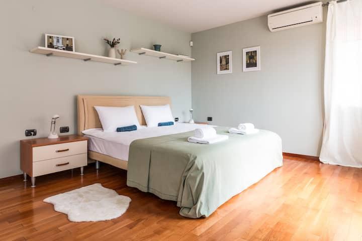 *La Primavera* - Spacious Apartment in TOP Centre
