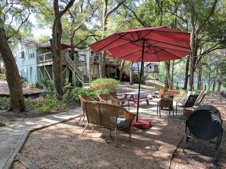 Sunfish Haus - Wundercove Cottage