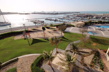 2 bedroom apartment in Al Hamra Marina (UAE) - Ras Al-Khaimah