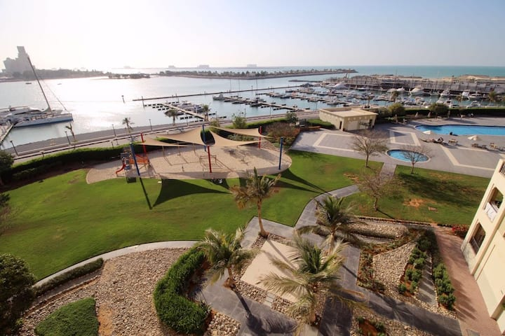 2 bedroom apartment in Al Hamra Marina (UAE)