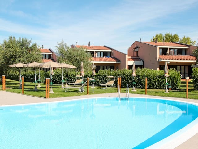 Apartment Villaggio Barbara in Moniga del Garda
