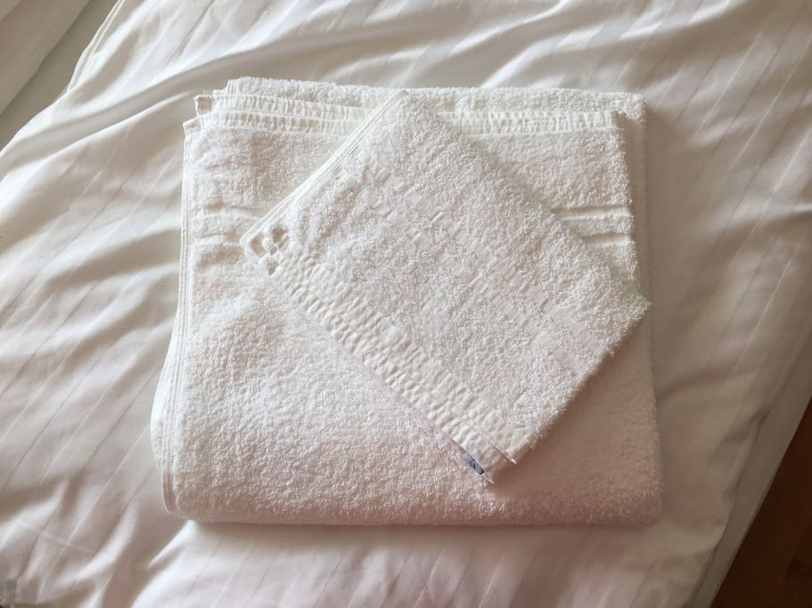 Our guests get fresh towels and linen.