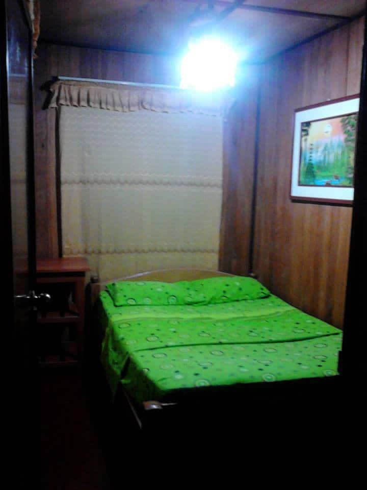 Room # 2 per 1 peopel