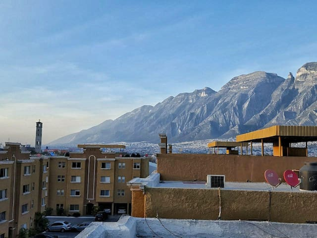 Single Bedroom Universidad de Monterrey(UDEM) Area