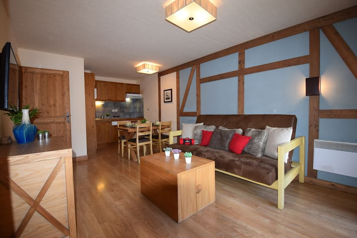 LOCATION APPARTEMENT SAINT LARY SOULAN/ TYPE 2 /6 PERSONNES/CAMI REAL