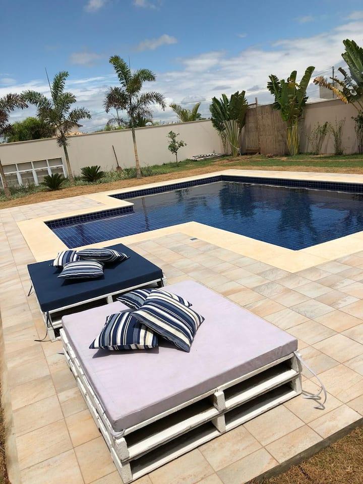 Casa com piscina condomínio fechado em Itu