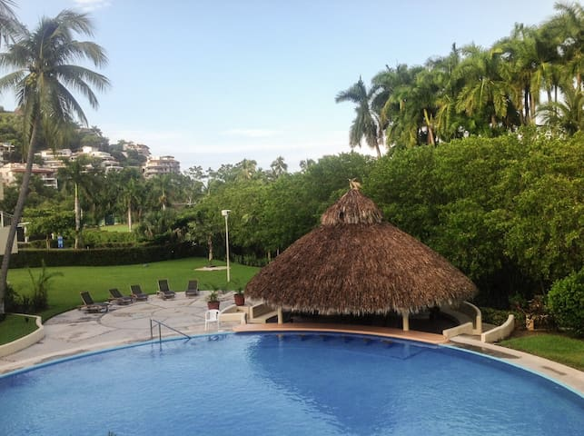 Condo on the Beach beside the Golf Course - Ixtapa - Ixtapa Zihuatanejo - Daire