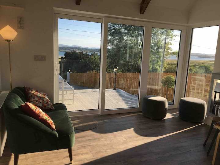 Brownes Sea View Cottage No 1 (Dungloe 14km)