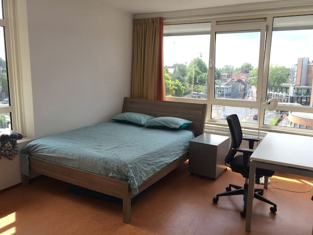 Room in Wageningen Center - Wageningen - Apartamento