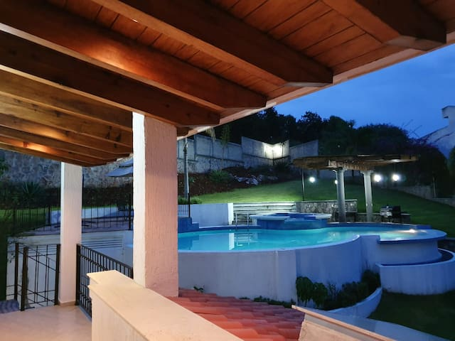 CASA ÁNGELES, Rancho San Diego, Ixtapan de la Sal