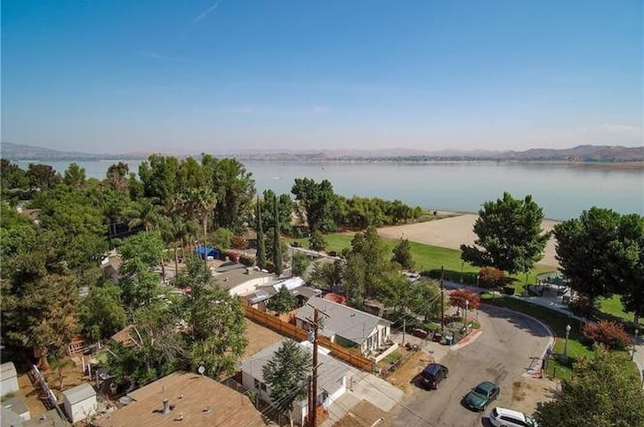 lake view home only steps away from local park