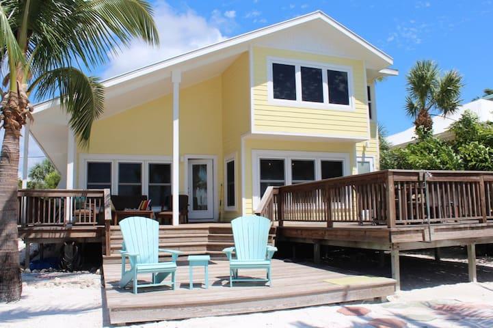 Sunset Cottage Beachfront Retreat