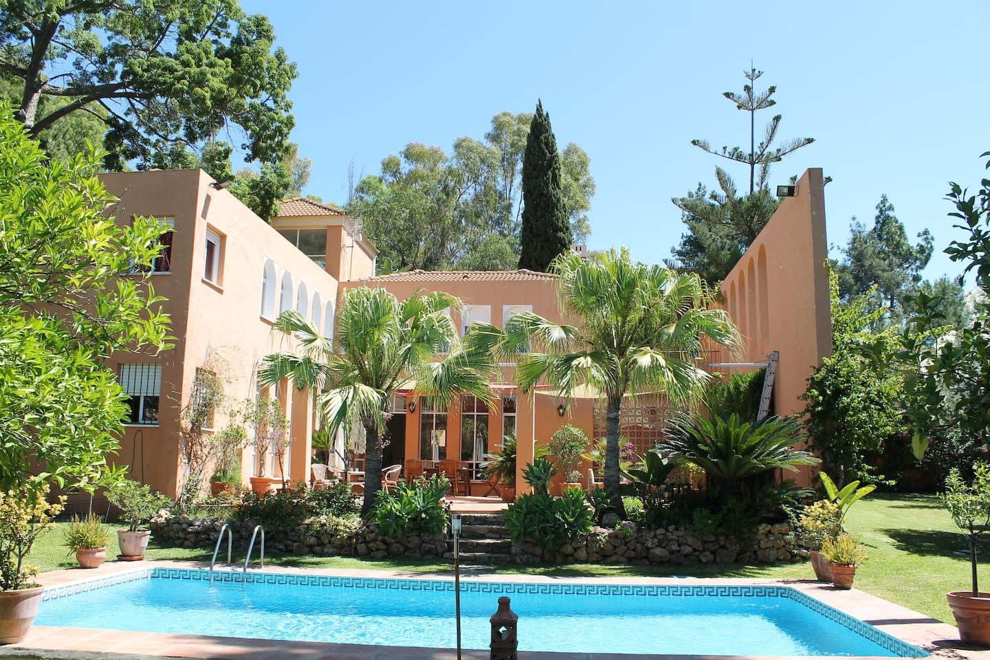 belle villa andalouse 5 chambres avec piscine villas for rent in marbella andaluca spain