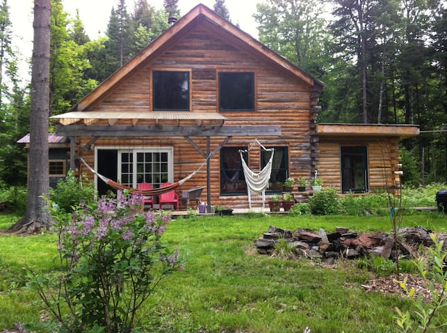 Magical Karma Cabin in the Woods - Morristown