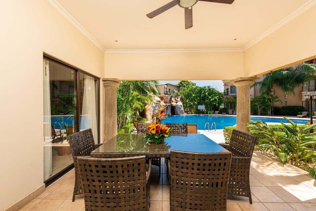 Spacious covered terrace area, poolside