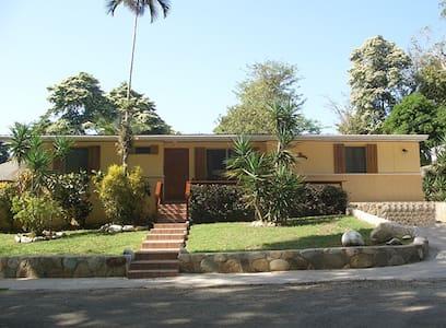 Casa Pacifica, entire house big groups w/car BBQ - Contadora Island