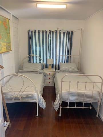 Second bedroom, two single beds