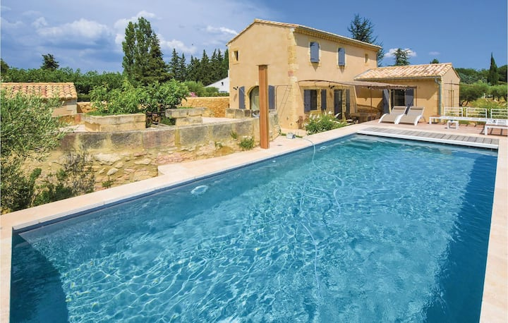 Holiday cottage with 4 bedrooms on 140m² in Saint Hilaire D'Ozilha