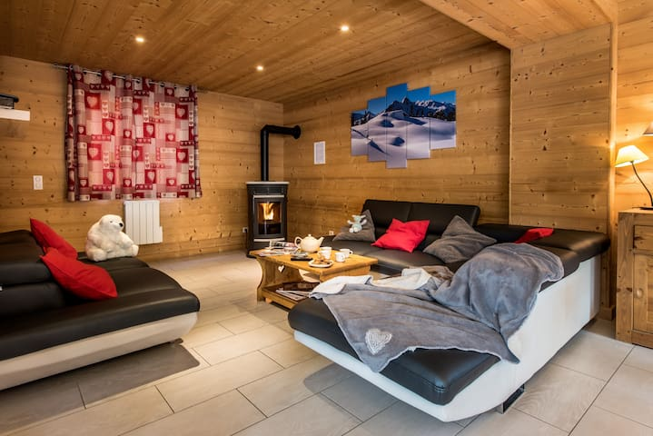 Chalets-Lacuzon: ski in/ski out, hot tub, sauna