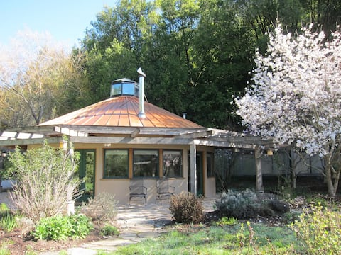 Architectural Gem in a Meadow by a Creek