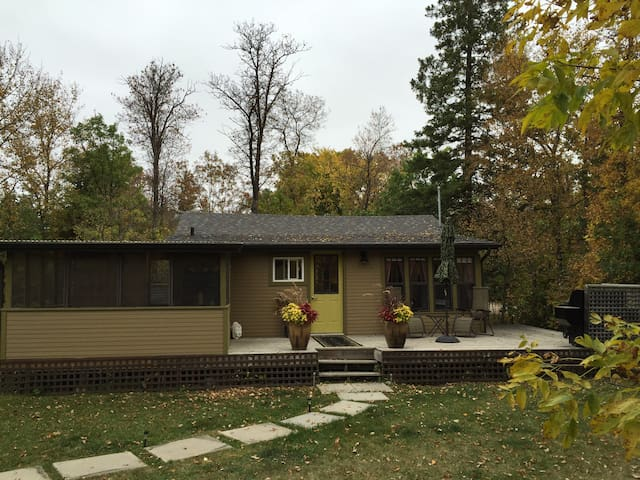 Enjoy the changing colours of Autumn at the cottage.
