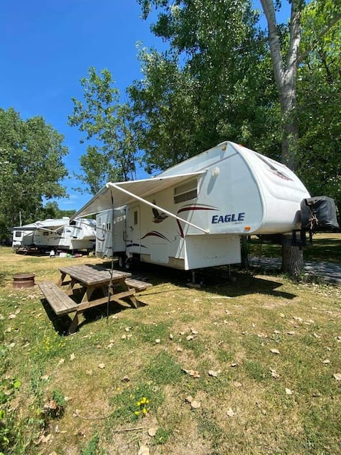 Lakeside Jayco Trailer Camping