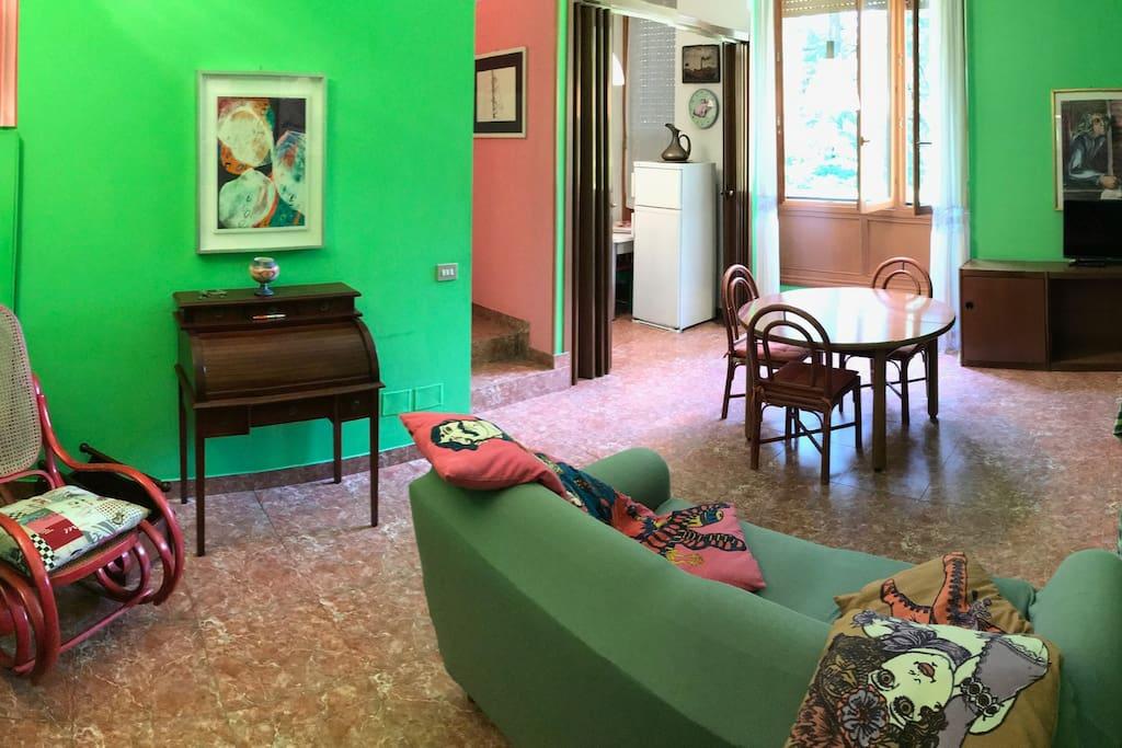 l'ampio soggiorno - the living room
