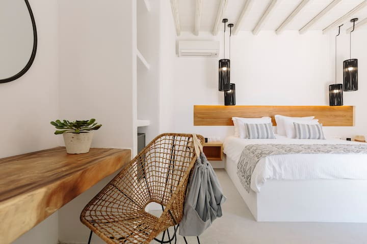 House of love in trendy Panormos with pool - Mikonos - Vila