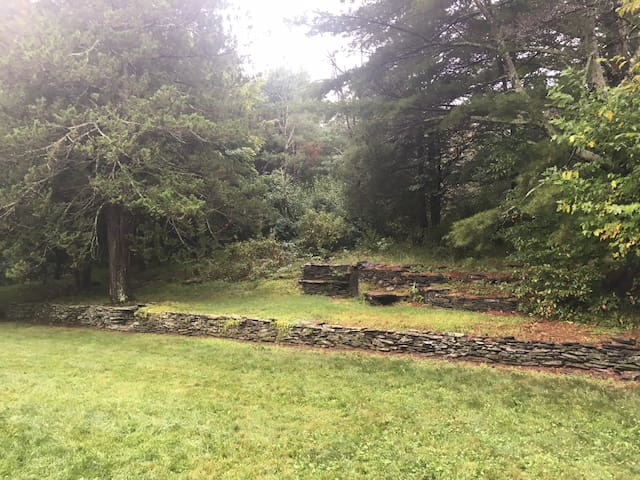 Woodstock midcentury split level home