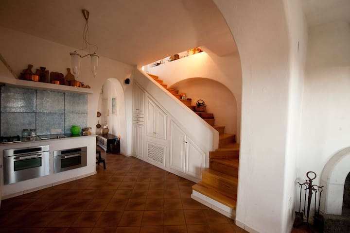 casa panoramica nel centro di Forio