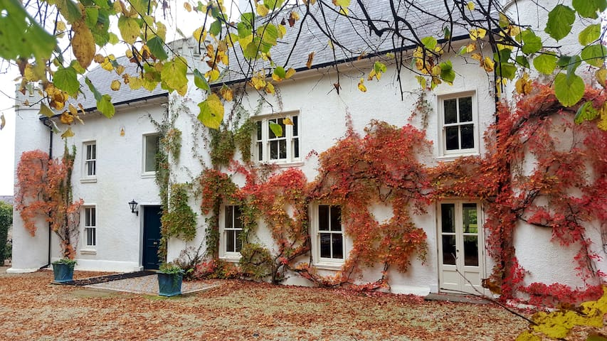 Historic Wexford Farmhouse - Ballymurn - Rumah