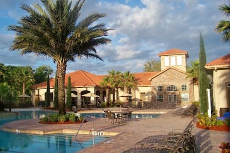 Tuscana Resort  Mediterranean style great location