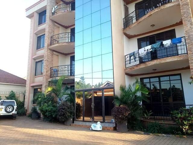 Ekuros Apartment