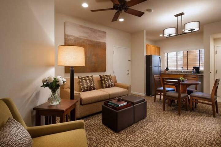 OCT. STAGECOACH: Westin Mission Hills Villa Resort