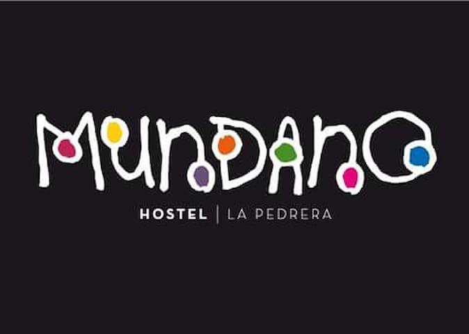 MUNDANO HOSTEL - La Pedrera