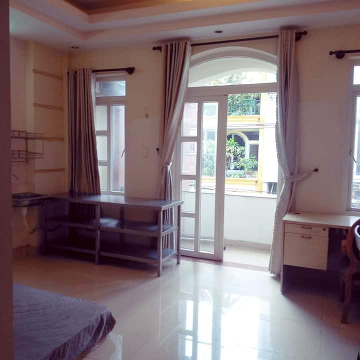 Good Studio Apartment near Tan Son Nhat airport